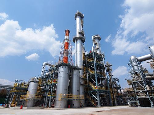 コスモ石油(株)四日市製油所 ミックスキシレン蒸留装置新設工事